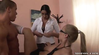 Lovable diva Jessica Moore is getting fucked by buddy like never previous to