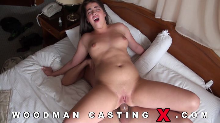 Mesmerizing young brunette lady was anxious to get her hands on his packing monster